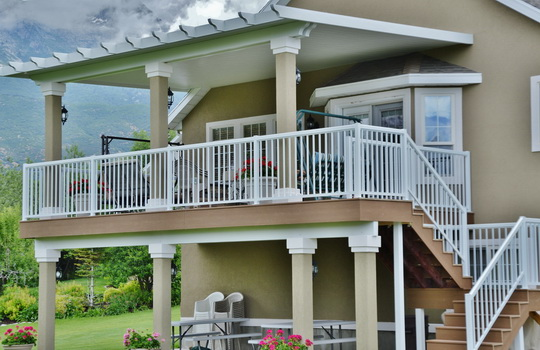 Aluminum Railings | Boyd's Custom Patios